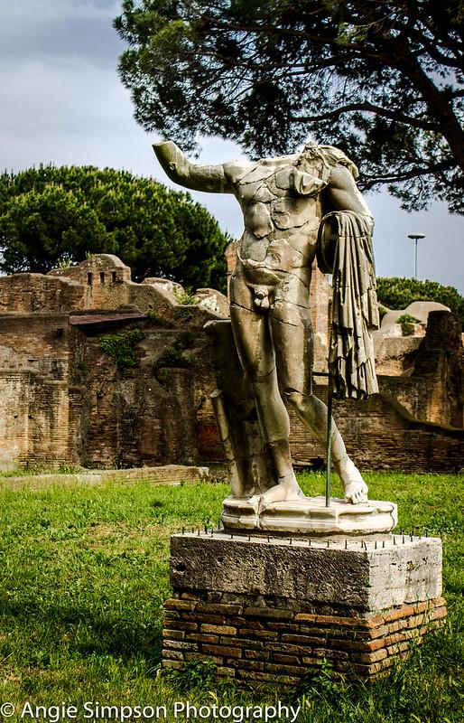 ostia roman statue (1 of 1)