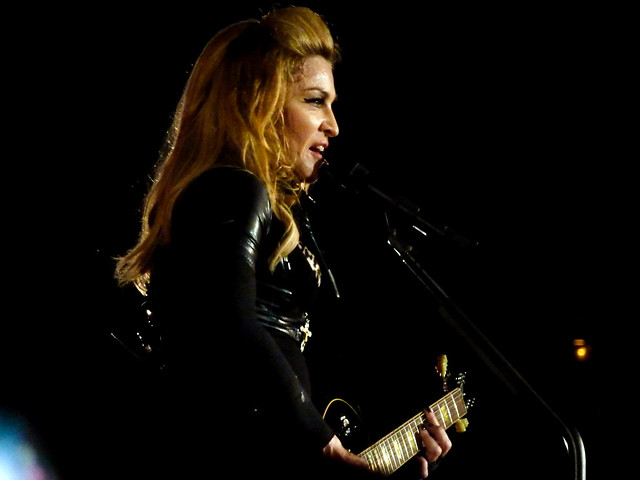 Madonna - MDNA Tour - Stade de France, Paris (2012)