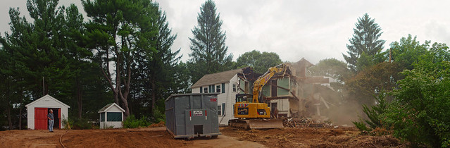 Tearing down the house on Prospect St.  (2016)