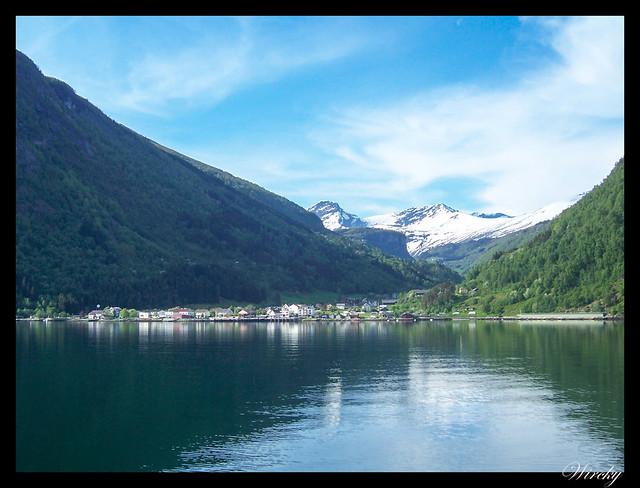 Fiordos noruegos Storfjord Geiranger Hellesylt Briksdal Loen - Eidsdal