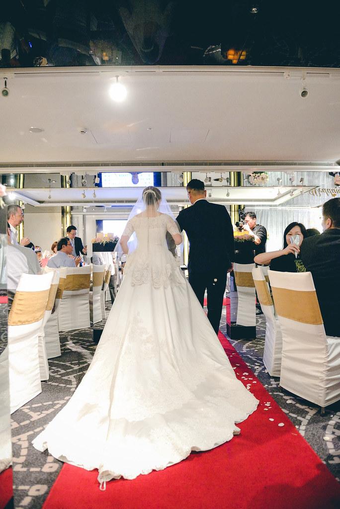 台中婚攝,找婚攝,婚攝ED,婚攝推薦,婚禮紀錄,婚禮記錄,婚攝,婚禮攝影師,新人推薦,晶華酒店
