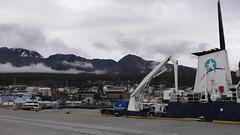 Polar Pioneer w porcie Ushuaia