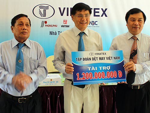 Vinatex tiếp tục đồng hành với Vovinam
