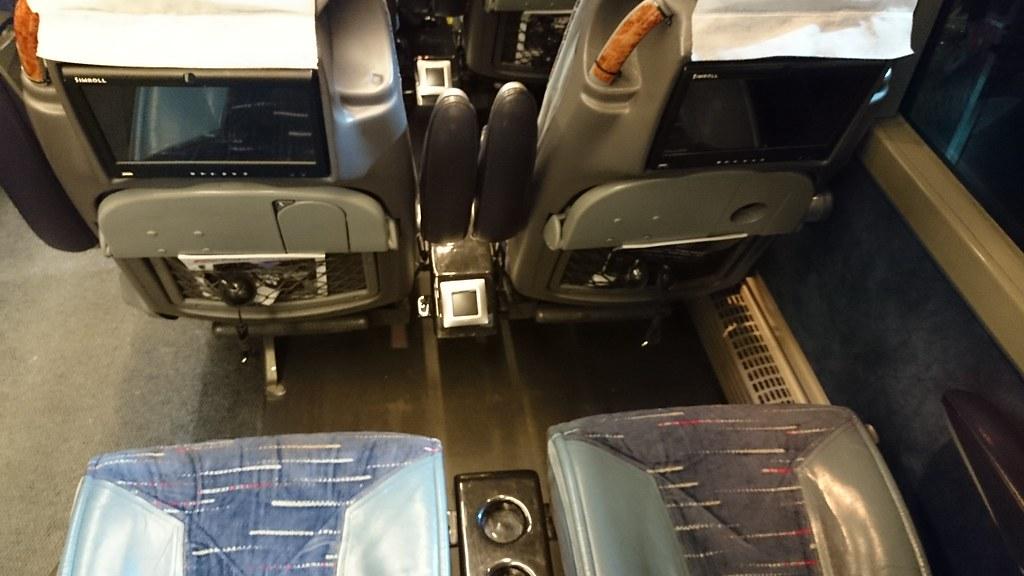 巴士內部2