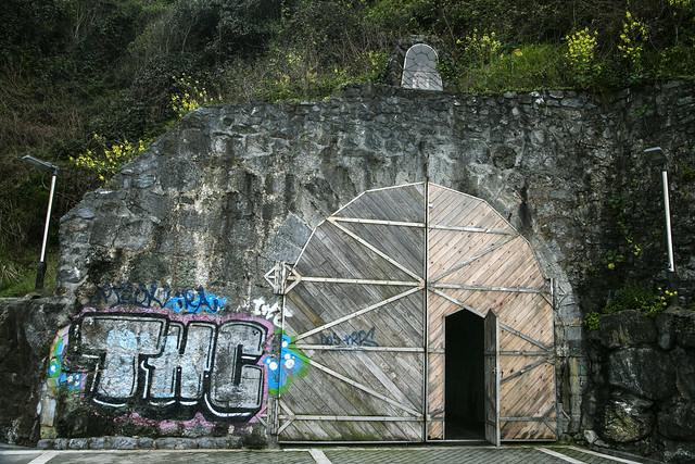 Playa de la Soledad y túnel de Atalaya