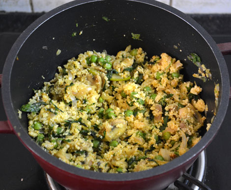 Couscous with peas-mushroom