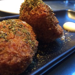 croquette, fried food, cutlet, korokke, frikadeller, food, dish, cuisine,