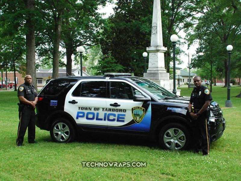Police vehicle wrap graphics by TechnoSigns