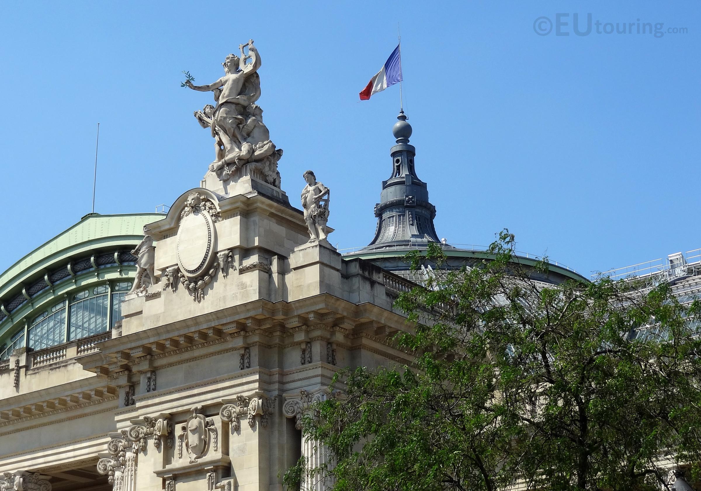 Peace Statue at Grand Palais