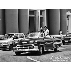 Life in Cuba  #cienfuegos #cuba #travel #lp #wed #monochromephotography  #bnw #couple #bnw_captures #wedding #bnw_magazine #bw_divine #cubacar #streetlife #oldtimes #yanktank #classic_car #classic_cars #traveling #newlyweds #blackandwhitephotographylovers