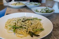 Asparagus, garlic, chilli and parsley pasta