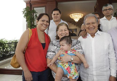 Casa Abierta a Grupo de Beneficiados de FOSOFAMILIA