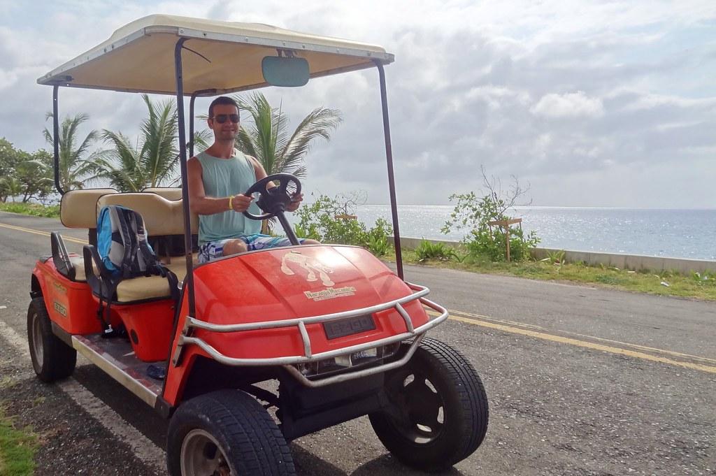 Volta a ilha em carrinho de golfe
