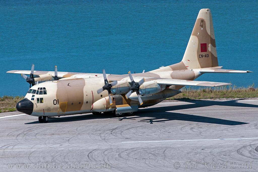 FRA: Photos d'avions de transport - Page 22 18129737709_0b0ffe6262_o