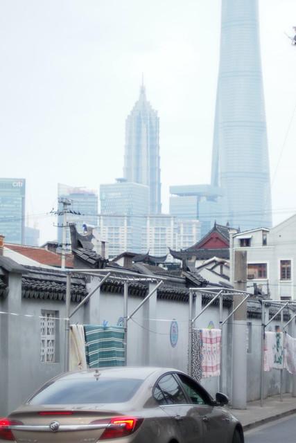 散策 [豫園に続く道] : OLYMPUS PEN E-P3 + PENTAX Super-Takumar 50mm F1.4