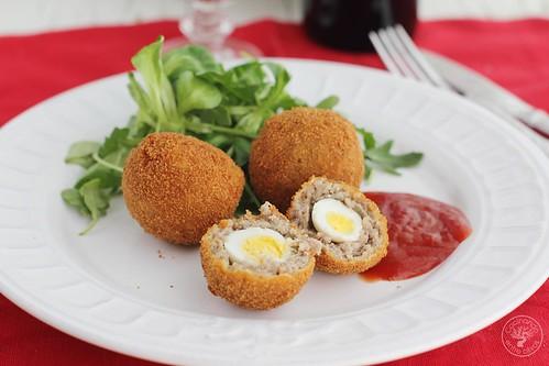 Huevos de codorniz a la escocesa www.cocinandoentreolivos.com (12)