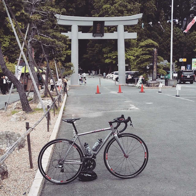 新しい自転車の安全祈願にきました。 #chriskingbuzz #mycielo #shrine #japan #cyclingphoto