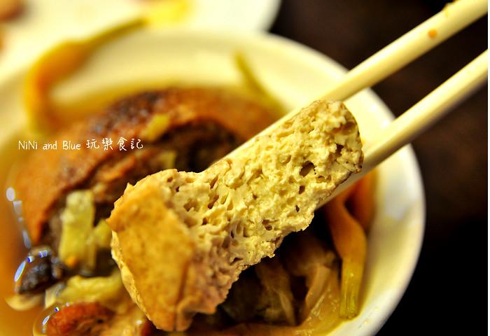 17927676190 bf06ab720a b - 李蕃薯担仔麵,一碗台南担仔麵,傳承一世人的回憶,桂蒜香酥鴨,美味萬壽公園對面