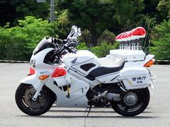 Police motorcycle, Tokyo Metropolitan Police Department 警視庁 交通総務課 クイーンスターズ VFR800P