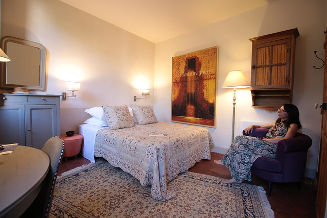 Provence cyling Avignon bed and breakfast bedroom