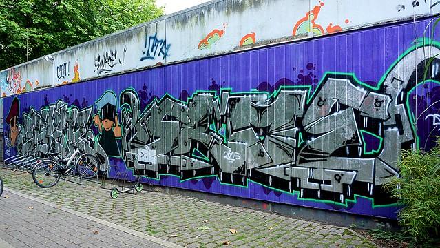 Oldenburg - Youth club Ofenerdiek ( street: Lagerstraße ) / 11th picture / Graffiti, street art
