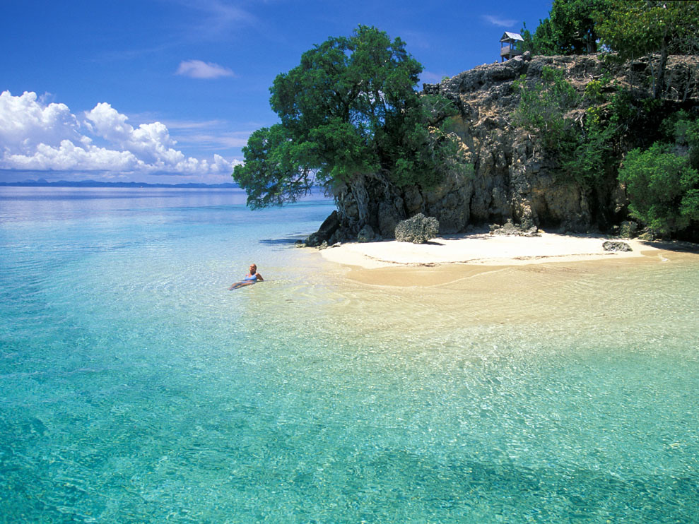 14. walea beaches togian islands via waleadiveresort