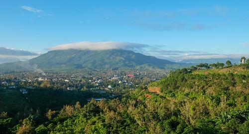 tpbảolộc lâmđồng vietnam vn highland village morning baoloc sunrise mountain daibinh