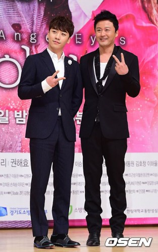 seungri_angel_eyes_press_conference_140403_2_006-400x638