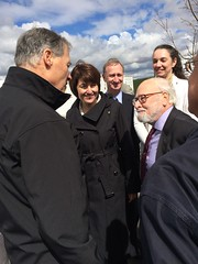Gov. Inslee, Rep. McMorris Rodgers and Dr. Imre Gyuk (Dept. of Energy)