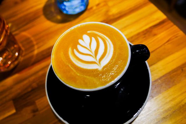 新北 蘆州–冠軍大男孩–馫品咖啡集賢店