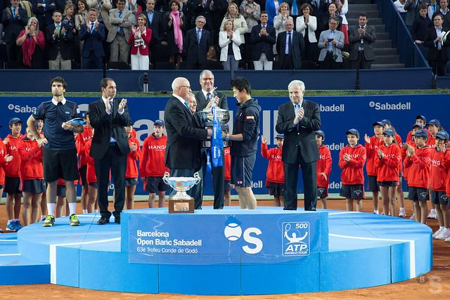 Entrega del trofeo de campeón Barcelona Open Banc Sabadell