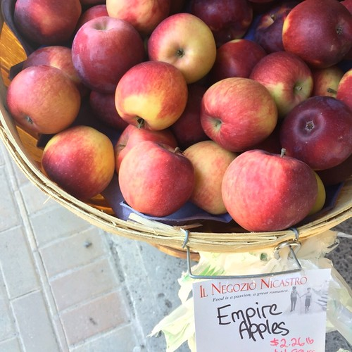 Apples at Nicastro's
