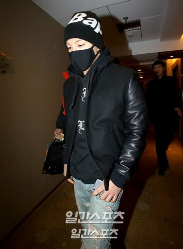 Taeyang-Gimpo-to-Beijing-Press-20150113-03