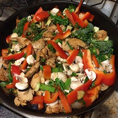 Chicken stir fry, with mushroom, red capsicum, egg…