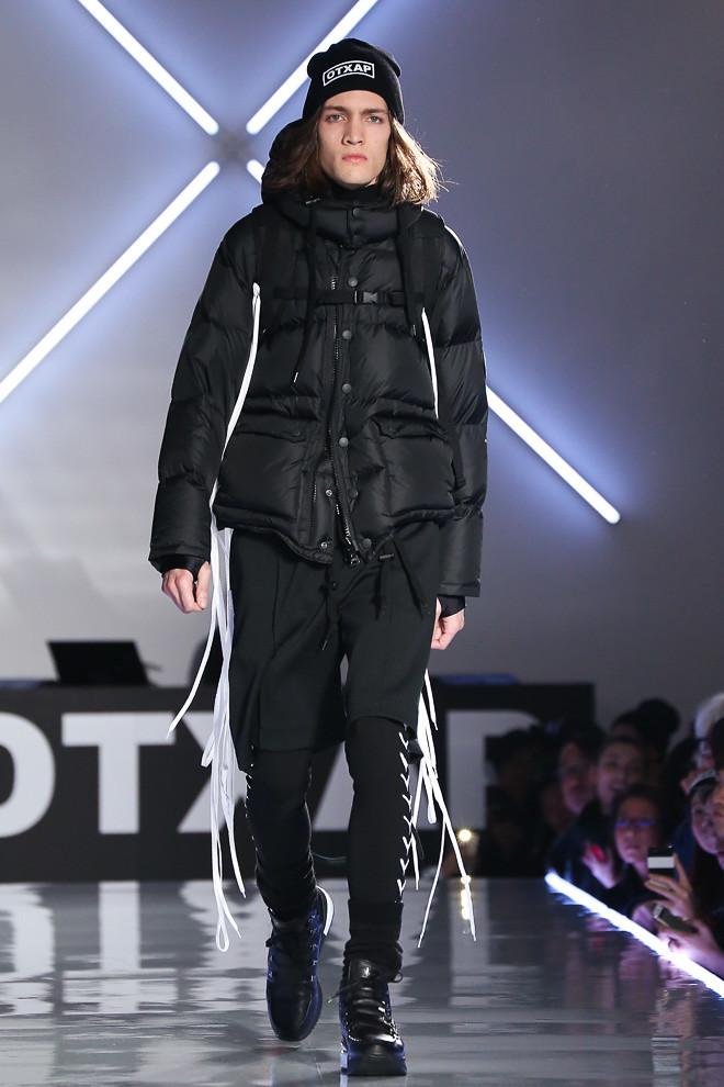 Marcel Castenmiller3339_FW15 Tokyo Onitsuka Tiger × ANDREA POMPILIO(fashionsnap.com)