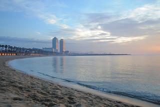 Imagen de Platja de Sant Miquel. barcelona beach sunrise spain nikon catalunya świt d700