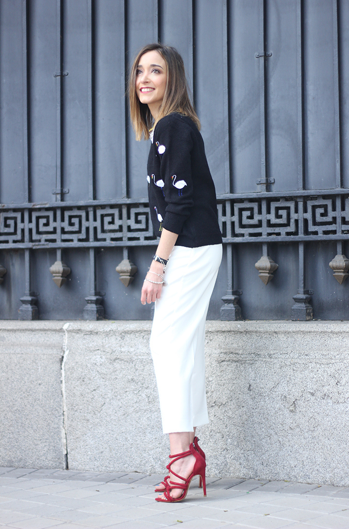 flamingo sweater sheinside white trousers zara sandals zara15