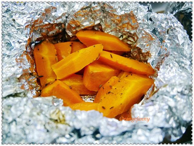 150417 烤紅蘿蔔搭配小茴香、百里香、奶油與夏多內白葡萄酒-01