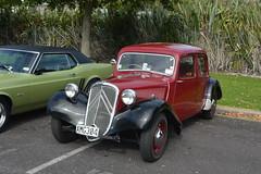 automobile, vehicle, compact car, citroã«n traction avant, hot rod, antique car, sedan, classic car, vintage car, land vehicle, luxury vehicle, motor vehicle,