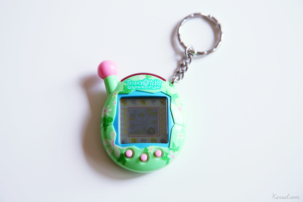 Tamagotchi Connection V4 green pink floral girl baby