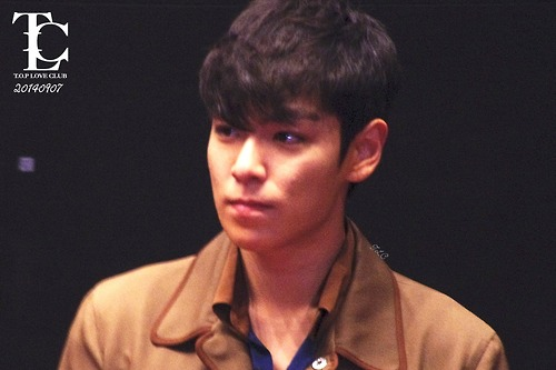 TOP-StageGreeting_Day2-LotteYongsan_20140907-(11)