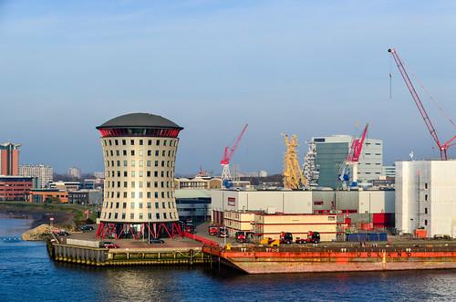 Mammoet shipyard in Rotterdam