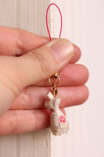 miniature mannequin strap