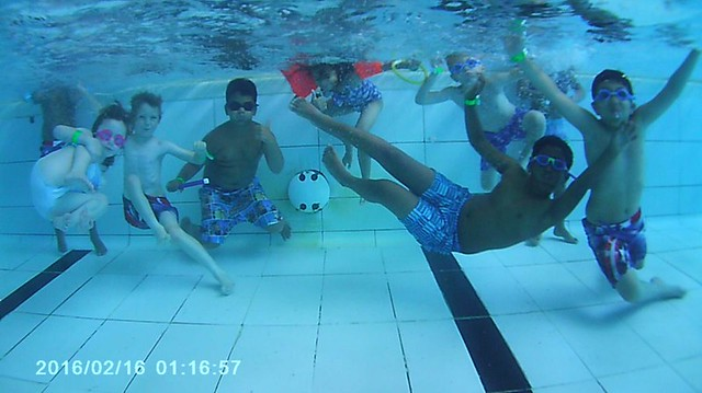 fit 4 sport swimming underwater hornchurch summer activity camp