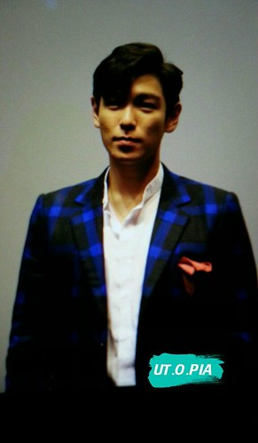 TOP-StageGreetings_Day1-20140906_(18)