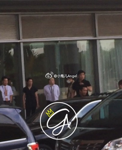 Big Bang - Beijing Airport - 07jun2015 - helina820 - 05