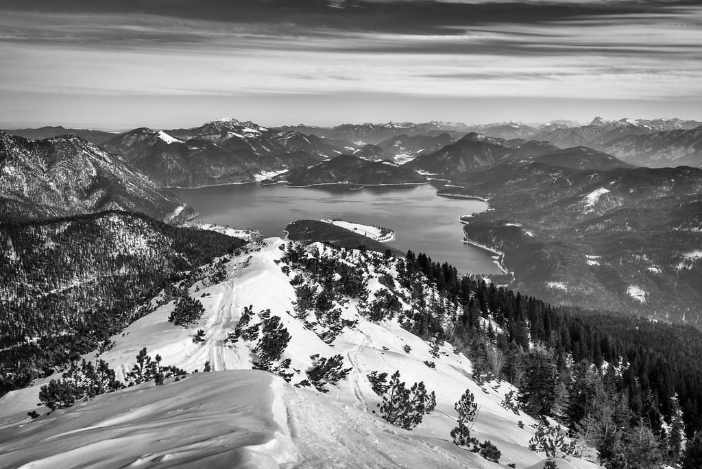 Simetsberg Snowshoe Hike