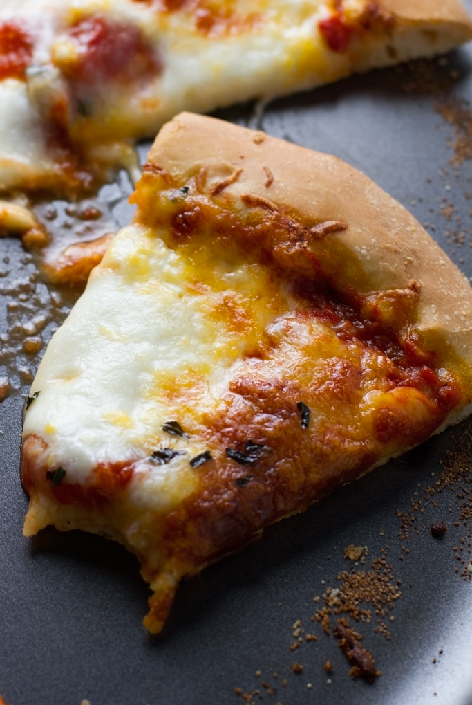 Homemade-Pizza-Dough-Perfect Homemade Pizza Dough - made with NO REFINED SUGARS and easy to follow with step-by-step directions! #homemadepizza #pizzadough #homemadepizzacrust | Littlespicejar.com