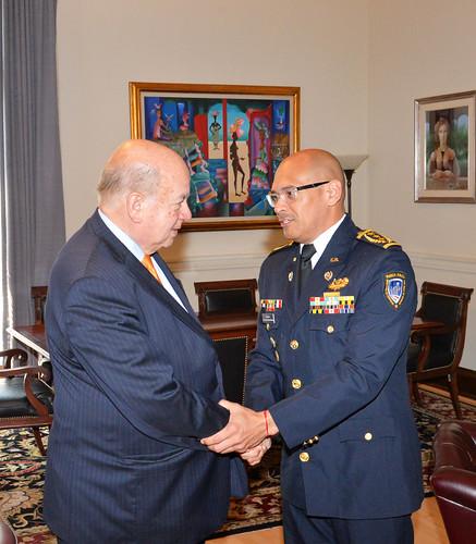 Secretario General de la OEA se reunió con el presidente de AMERIPOL