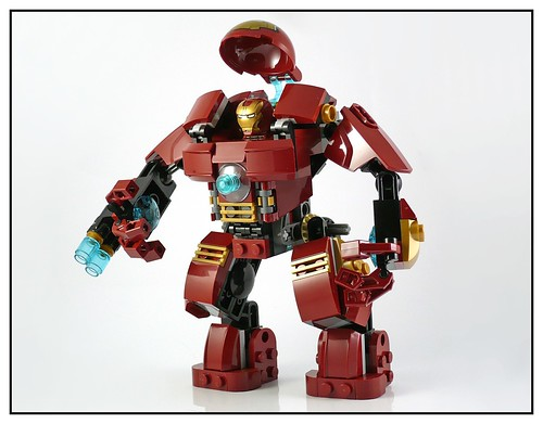 LEGO 76031 The Hulk Buster Smash 18